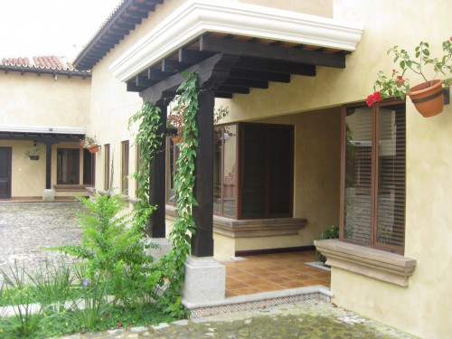 2706 APARTMENT FOR RENT IN CENTRAL ANTIGUA (Jb)