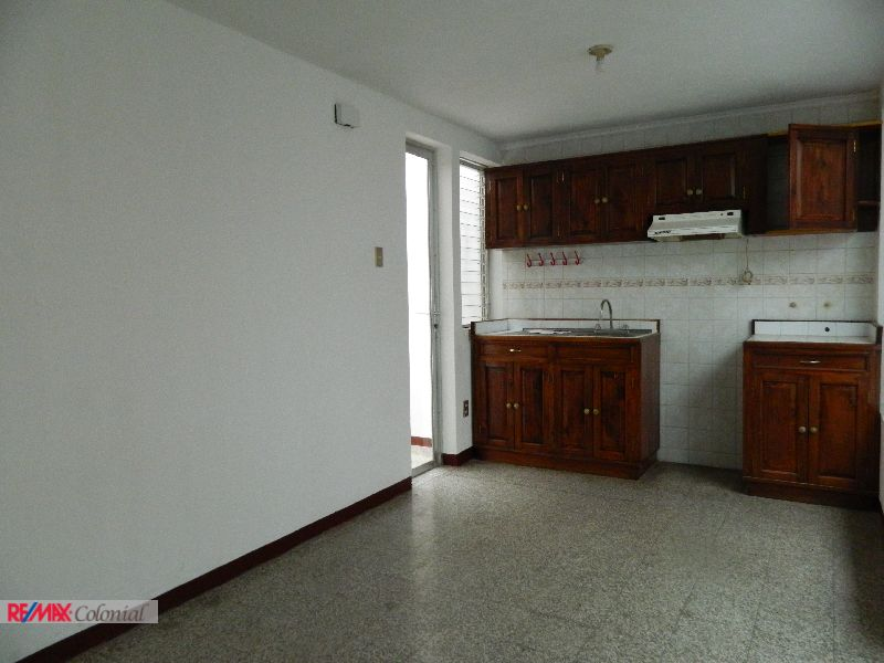2587 APARTMENT FOR RENT IN CENTRAL ANTIGUA