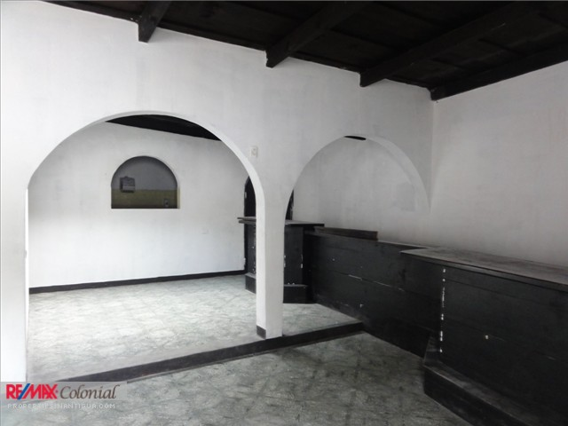 3663 COMMERCIAL SPACE FOR RENT IN CENTRAL ANTIGUA GUATEMALA