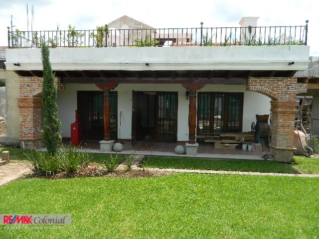 4195 HOUSE FOR RENT IN PANORAMA ANTIGUA