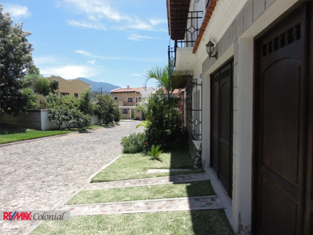 3384 HOUSE FOR SALE IN JOCOTENANGO