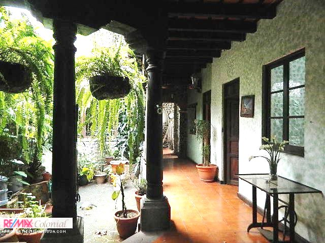 2243 HOUSE FOR RENT IN ANTIGUA GUATEMALA