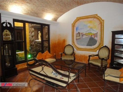 3220 NICE HOUSE FOR RENT IN LA ANTIGUA GUATEMALA