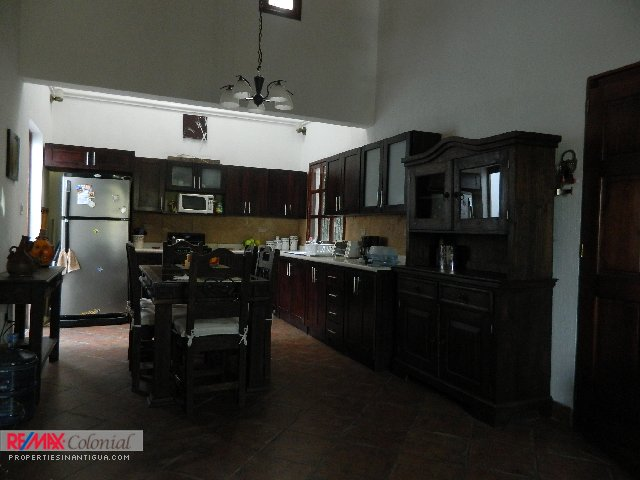 3890 SMALL HOUSE FOR RENT IN ANTIGUA