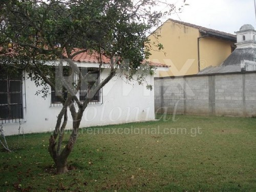 2658 one level house for sale in el panorama area remax for One level houses for sale