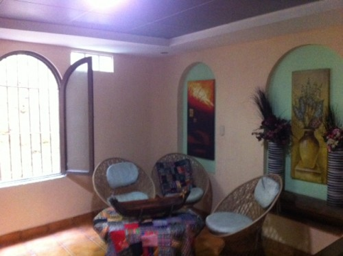 3288 LA CRUZ APARTMENT FOR RENT IN ANTIGUA GUATEMALA (FURNISHED)