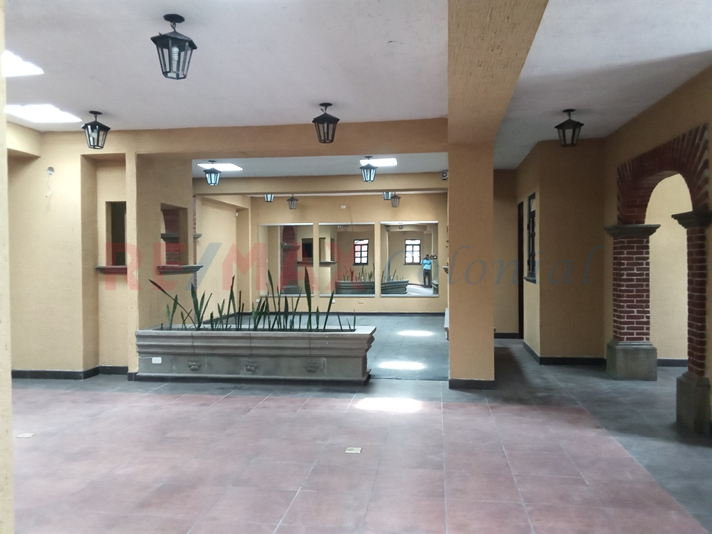 3949 COMMERCIAL HOUSE FOR RENT IN JARDINDES DE ANTIGUA (CLOSE TO CENTRAL ANTIGUA)