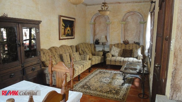 2172 APARTMENT FOR RENT IN EL CALVARIO (Jb)