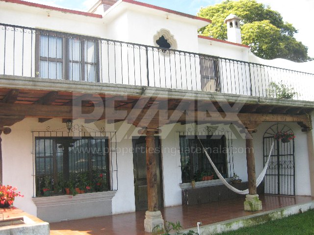 2239 HOUSE FOR SALE AT SAN JUAN DEL OBISPO (ANTIGUA GUATEMALA)