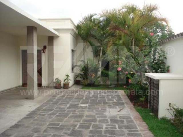 2108 HOUSE FOR RENT IN ANTIGUA (LA ENCANTADA)