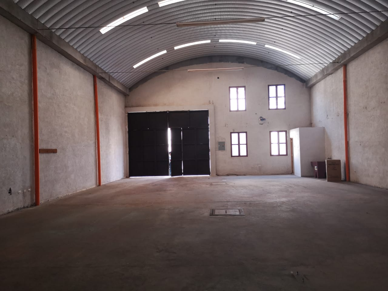3641 WAREHOUSE FOR RENT CLOSE TO CENTRAL ANTIGUA / FROM 209M2