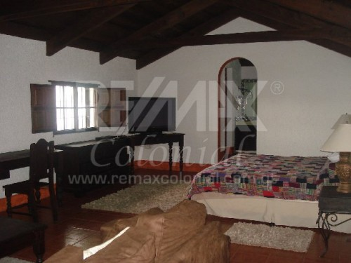 2699 APARTMENT FOR RENT IN CENTRAL ANTIGUA, FURNISHED