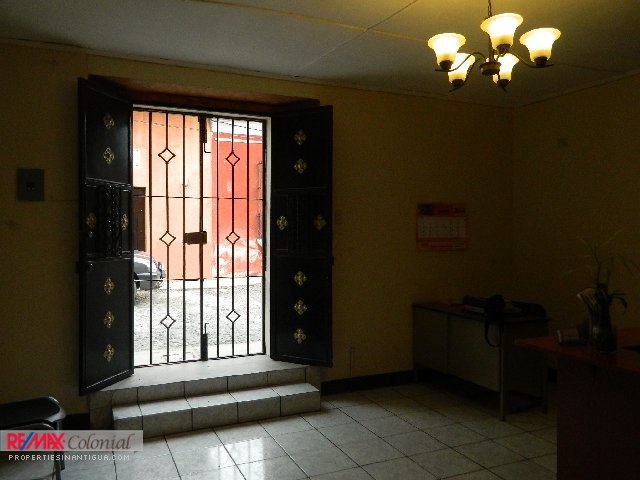 3905 COMMERCIAL SPACE FOR RENT IN ANTIGUA GUATEMALA