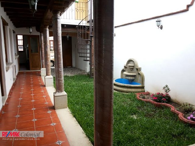 4015 HOUSE FOR SALE IN JOCOTENANGO  (Rented, verify availability)
