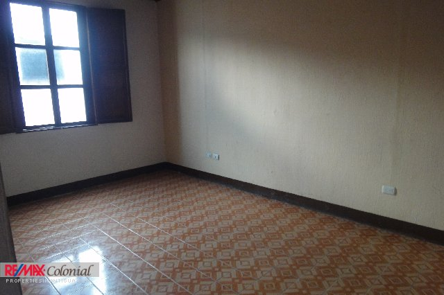 3981 PRIME LOCATION! COMMERCIAL SPACE IN ANTIGUA GUATEMALA, Available 01/09/2017