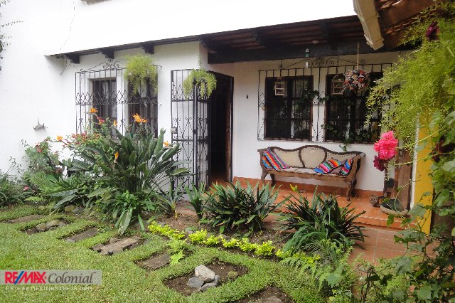 2575 HOME FOR RENT IN JARDINES DE ANTIGUA WITH OR WHITOUT FURNITURE