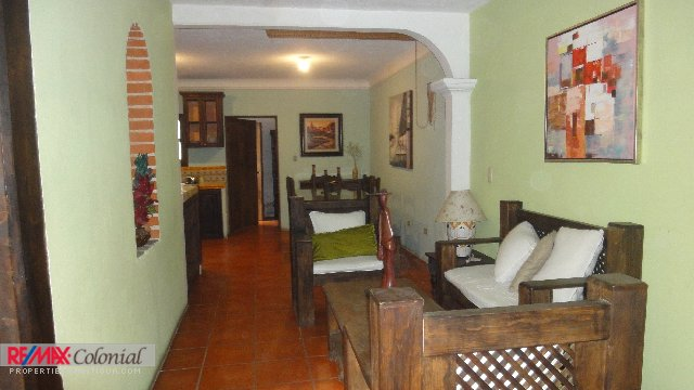 4147 LOVELY HOUSE IN THE CENTER OF ANTIGUA (Furnished)