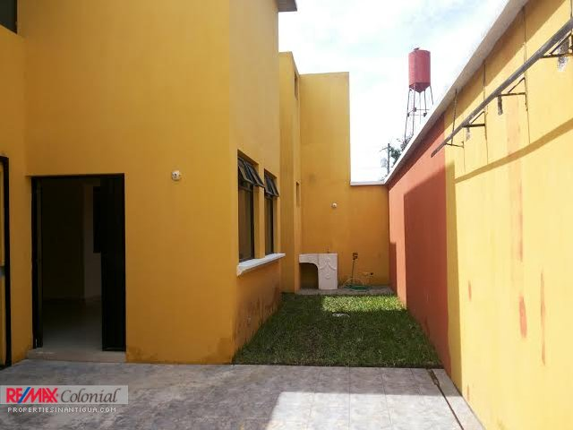 3995 HOME FOR RENT IN SAN BARTOLO (C) (Available: July 30, 2017)