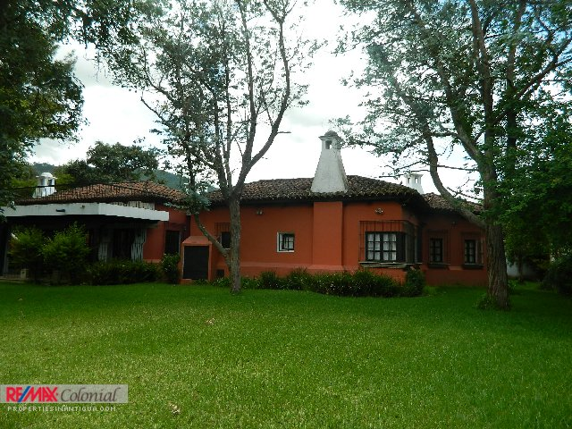 4010 HOUSE FOR RENT IN EL PANORAMA