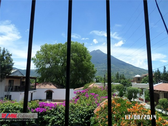 3974 HOME FOR RENT CLOSE TO ANTIGUA GUATEMALA