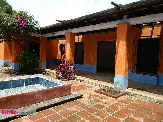 4001 HOUSE FOR RENT CLOSE TO CENTRAL ANTIGUA (Rented)