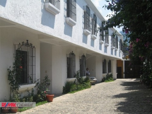 3224 NICE HOUSE FOR RENT IN JOCOTENANGO (Available Nov-2018)