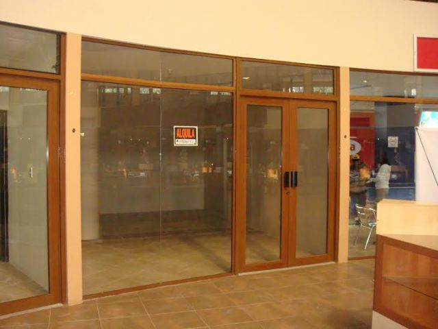 4144 COMMERCIAL SPACE FOR RENT IN SAN LUCAS  (32m2)