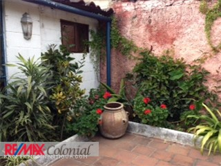 3599 HOUSE FOR RENT IN ANTIGUA GUATEMALA