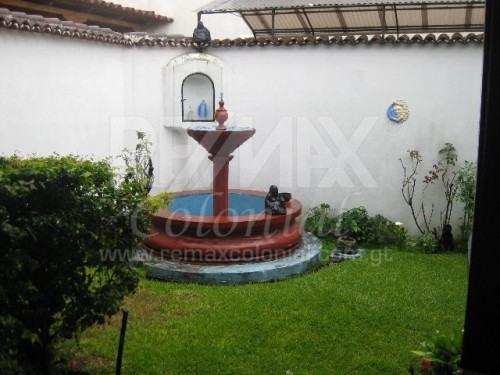 2484 HOUSE FOR RENT IN ANTIGUA GUATEMALA (EL GORRIÓN) (Semi Furnished)