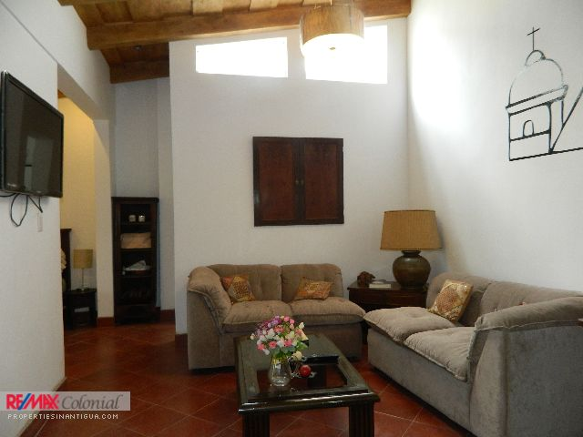 3368 APARTMENT FOR RENT IN ANTIGUA GUATEMALA (AVAILABLE MARCH 2018)