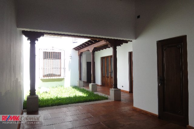4038 NEW COLONIAL HOUSE FOR RENT IN EL CALVARIO, ANTIGUA GUATEMALA