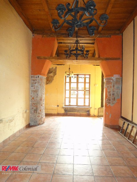 3733 COMMERCIAL HOUSE FOR RENT IN LA ANTIGUA GUATEMALA