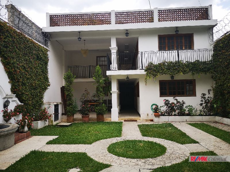 4206 AMPLE HOUSE FOR RENT IN ANTIGUA GUATEMALA