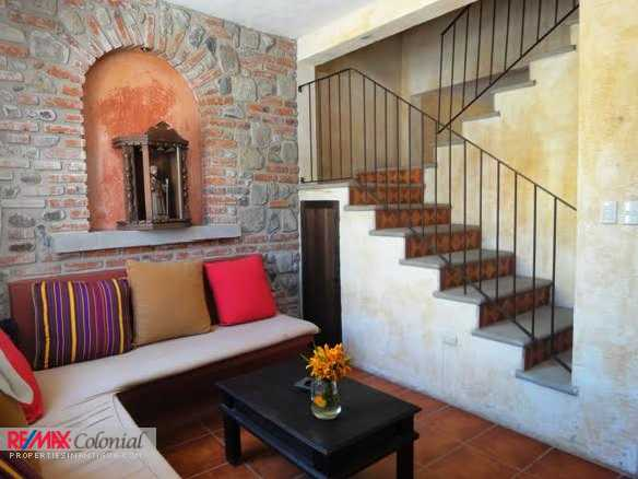4297 NICE APARTMENT FOR RENT CLOSE TO THE CENTRAL PARK OF ANTIGUA ANTIGUA