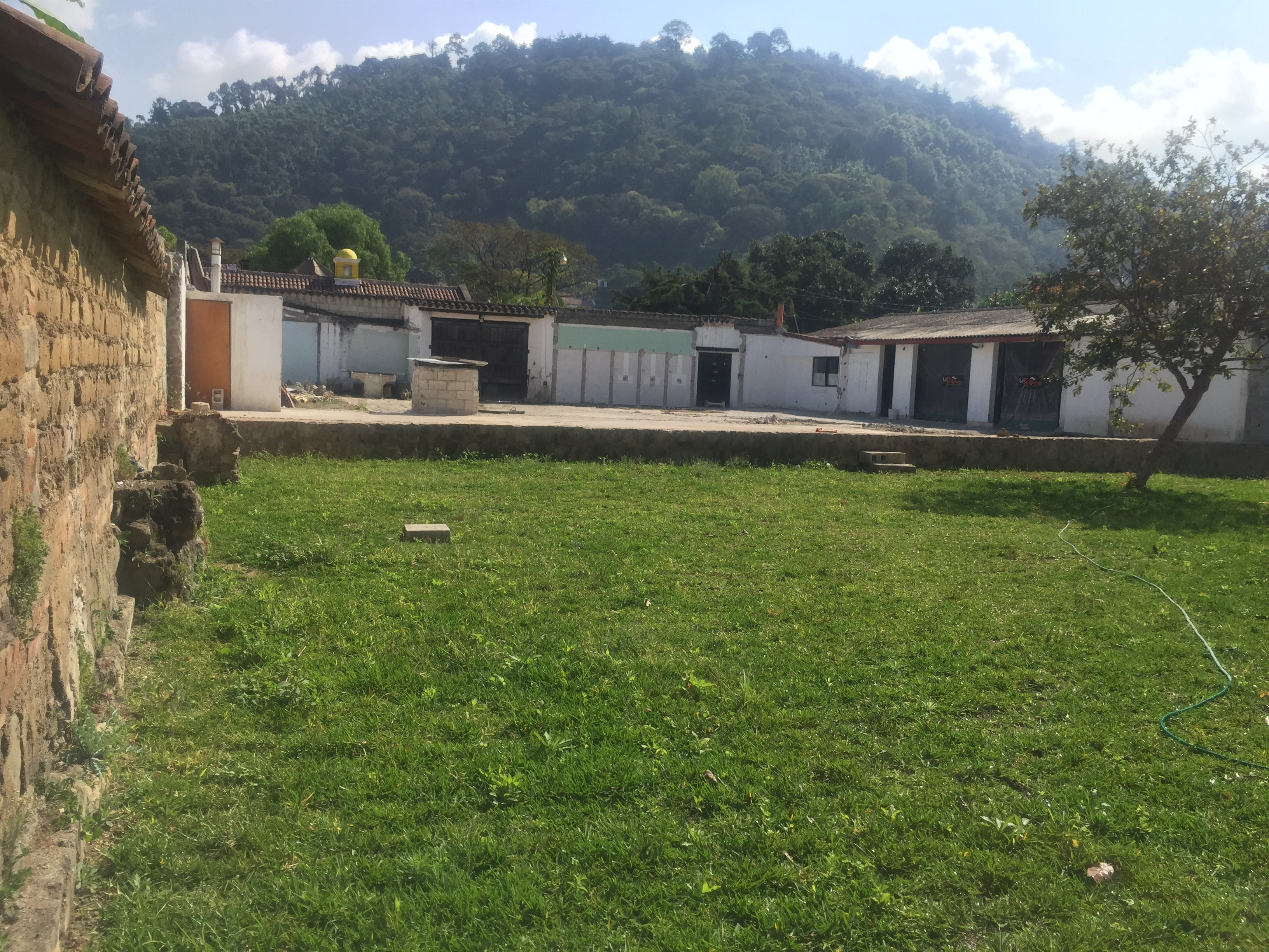 4172 LAND FOR SALE IN CENTRAL ANTIGUA GUATEMALA