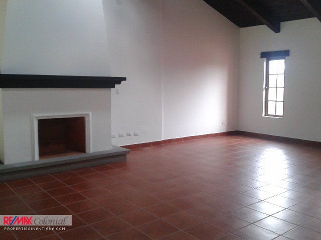 3651 HOUSE FOR SALE IN EL PANORAMA