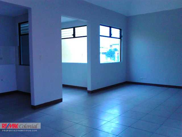 4328 THREE BEDROOMS APARTMENT FOR RENT