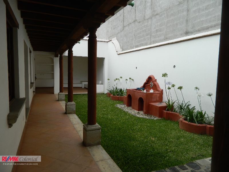 4344 BEAUTIFUL HOUSE FOR SALE IN JOCOTENANGO
