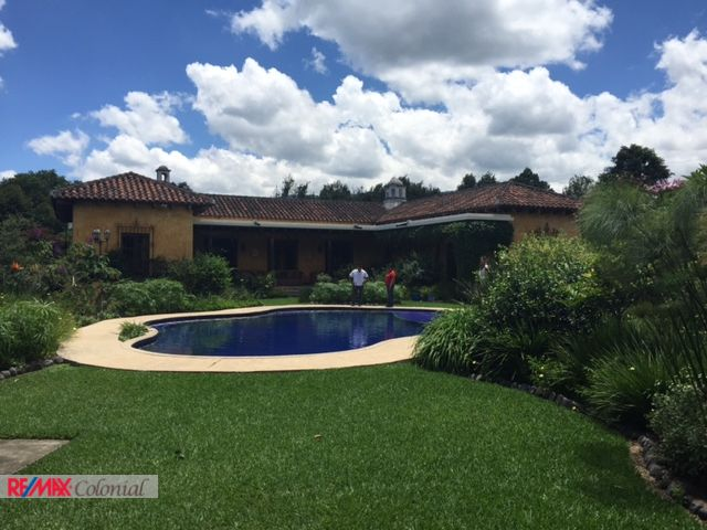 4368 BEAUTIFUL HOUSE FOR RENT IN ANTIGUA GUATEMALA (Available July 2018)