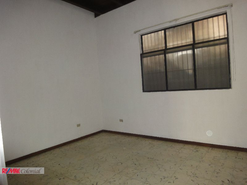 4360 WELL LOCATED COMMERCIAL SPACE FOR RENT IN ANTIGUA GUATEMALA