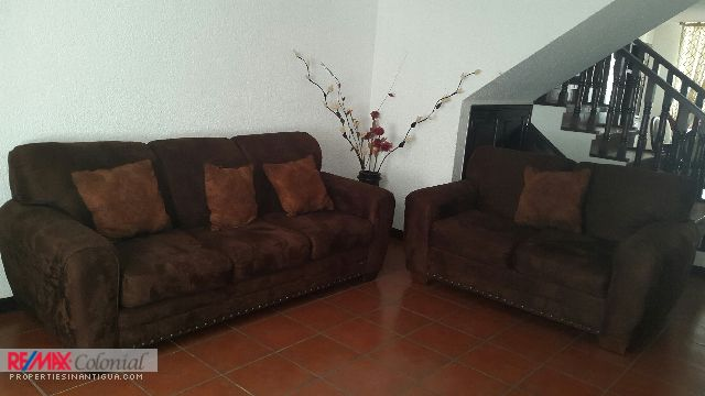 4298 HOUSE FOR RENT IN SAN LUCAS SACATEPEQUEZ, CHOACORRAL