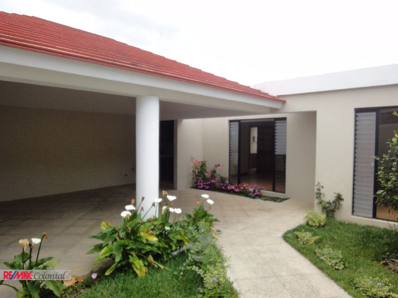 3302 AMPLE HOUSE FOR RENT IN LOS ALPES, SAN LUCAS