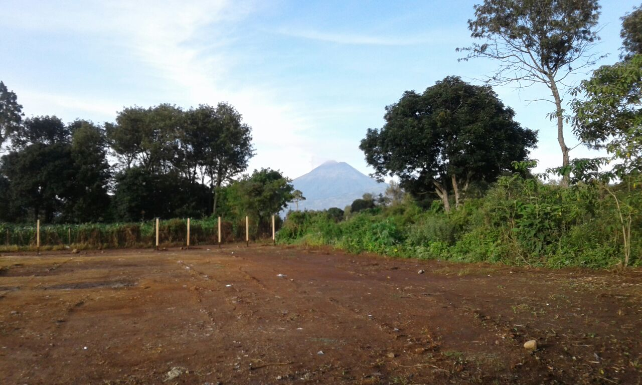 4400  BEAUTIFUL LAND FOR SALE IN CHIMALTENANGO (GREAT OFFER)