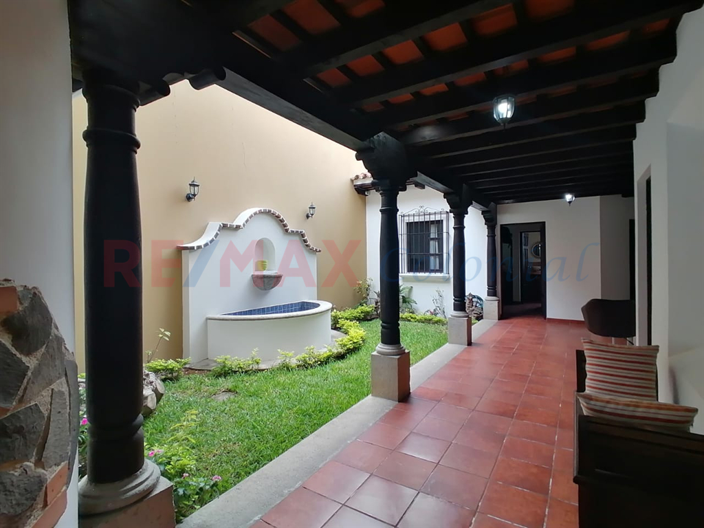 4453 GREAT HOUSE FOR SALE IN A GATED COMMUNITY (As)