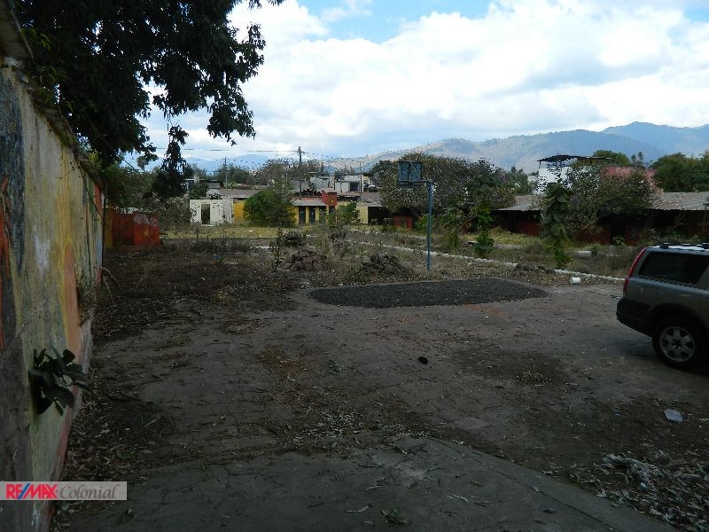 4476 LAND FOR SALE IN ANTIGUA GUATEMALA ( SAN PEDRO LAS HUERTAS ) 3440v2