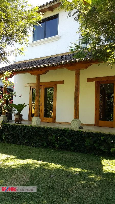3314 BEAUTIFUL HOUSE FOR RENT IN SANTA CATARINA BOBADILLA