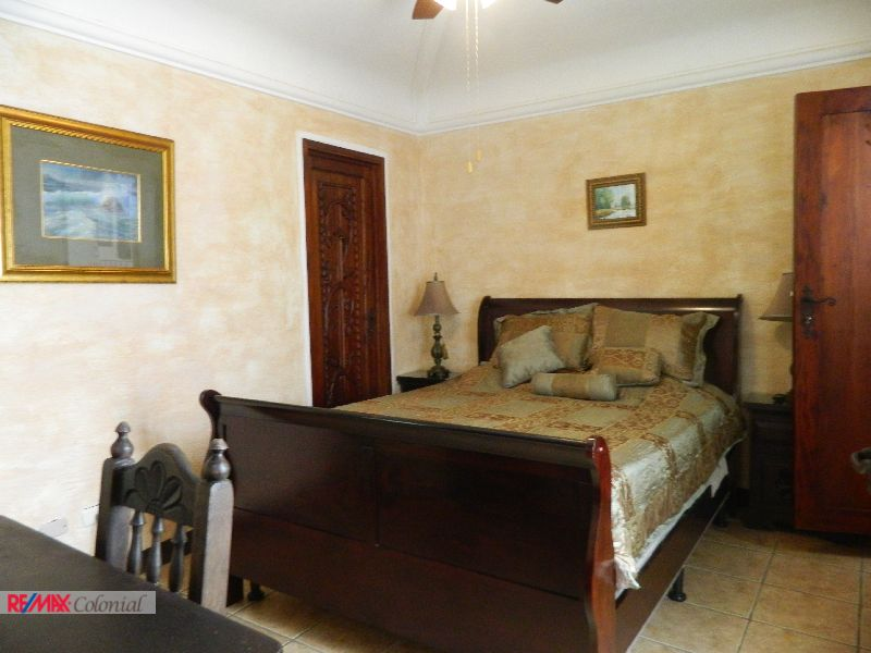 4479 COZY BEDROOM FOR RENT IN AN EXCLUSIVE CONDO IN ANTIGUA GUATEMALA