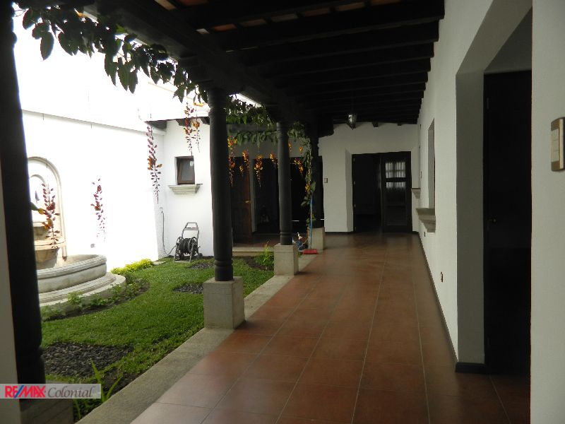 4500 BEAUTIFUL HOME FOR RENT IN CONDOMINIUM UNFURNISHED