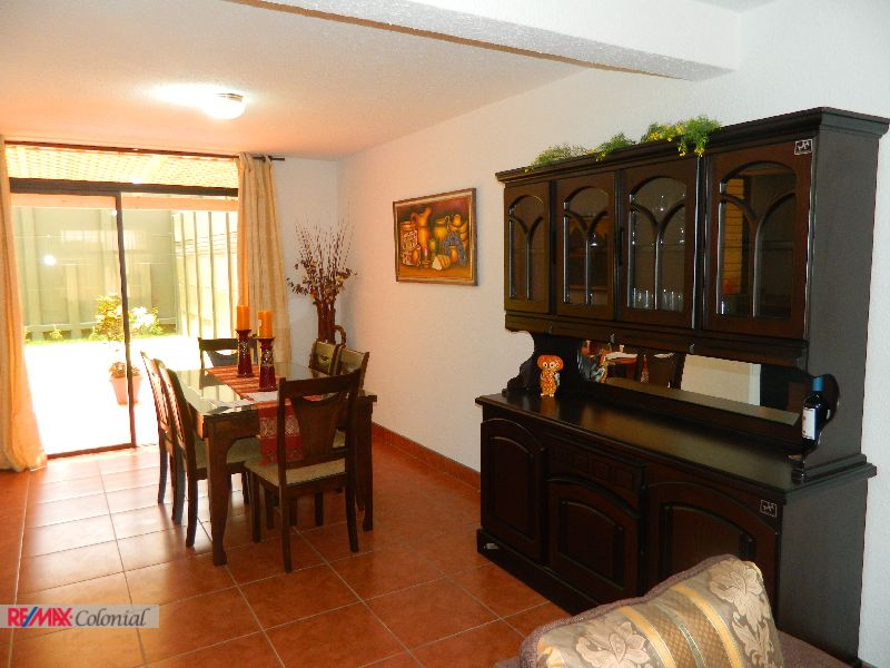 4501 BEAUTIFUL HOUSE IN RESIDENCIAL FOR RENT CLOSE TO ANTIGUA GUATEMALA