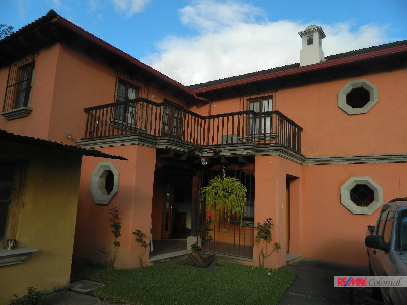 4560 HOUSE FOR SALE IN FRONT OF PANORAMA, GREAT OPTION!